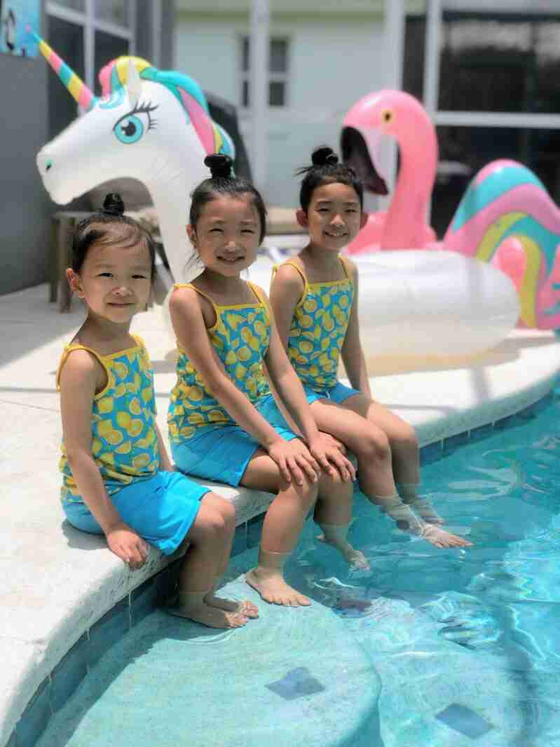 summer-fun-mindful-mom-and-daughters